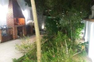 Sobrado a Venda no bairro Vila Mathias em Santos – SP. 2 banheiros