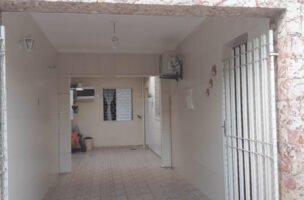 Sobrado a Venda no bairro Marapé em Santos – SP. 3 banheiros