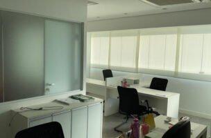 Sala comercial a Venda no bairro Centro em Santos – SP. 2 banheiros