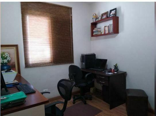 Imóvel arejado e claro,lindo apartamento 2 dormitórios, 1 suíte, lavabo, cozinha e área de serviço - foto 3