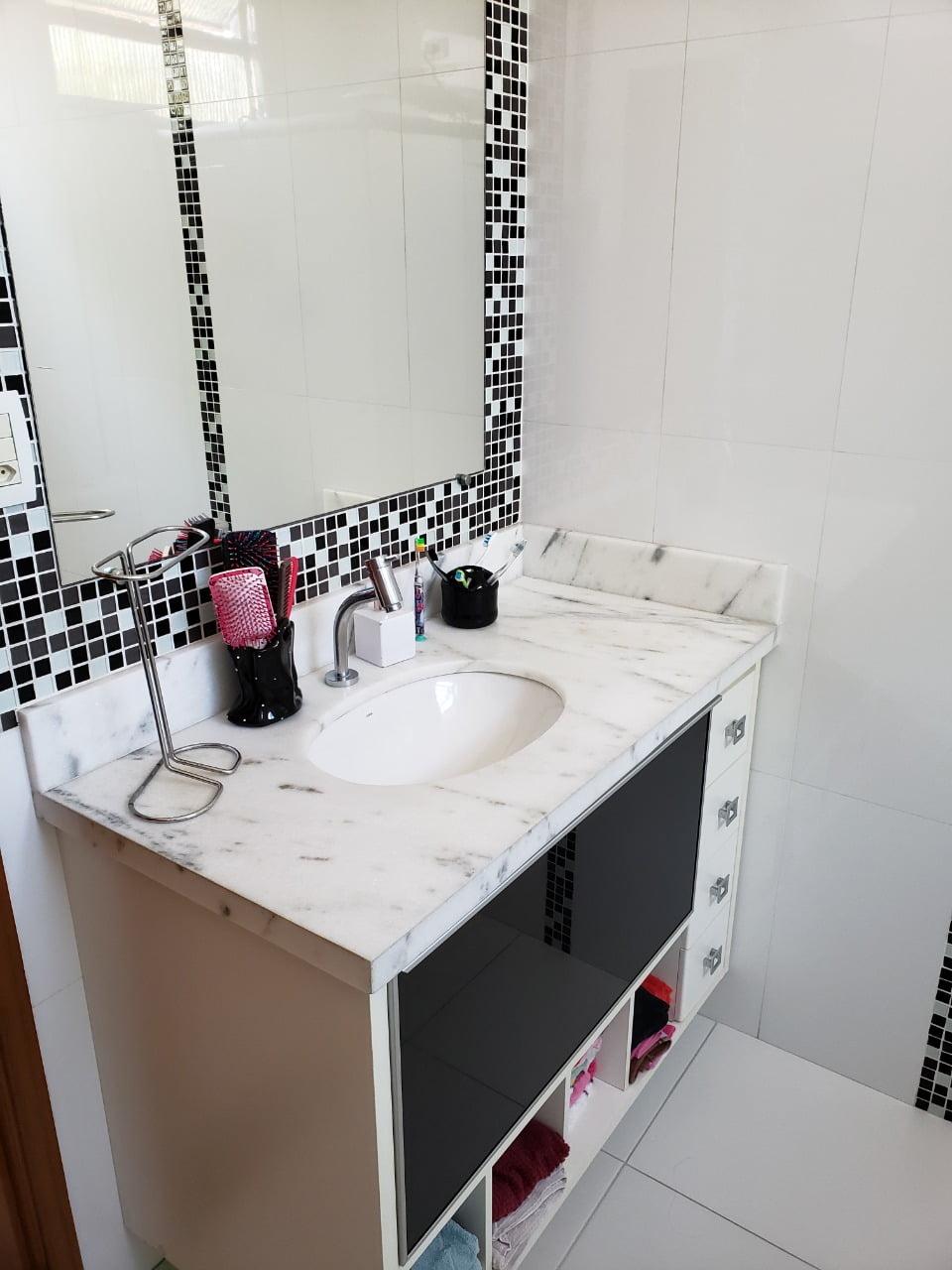 Apartamento no Bairro do Embaré , Santos , sendo 1º Andar, 3 dormitórios, 2 banheiros e garagem fechada. Todo reformado - foto 7