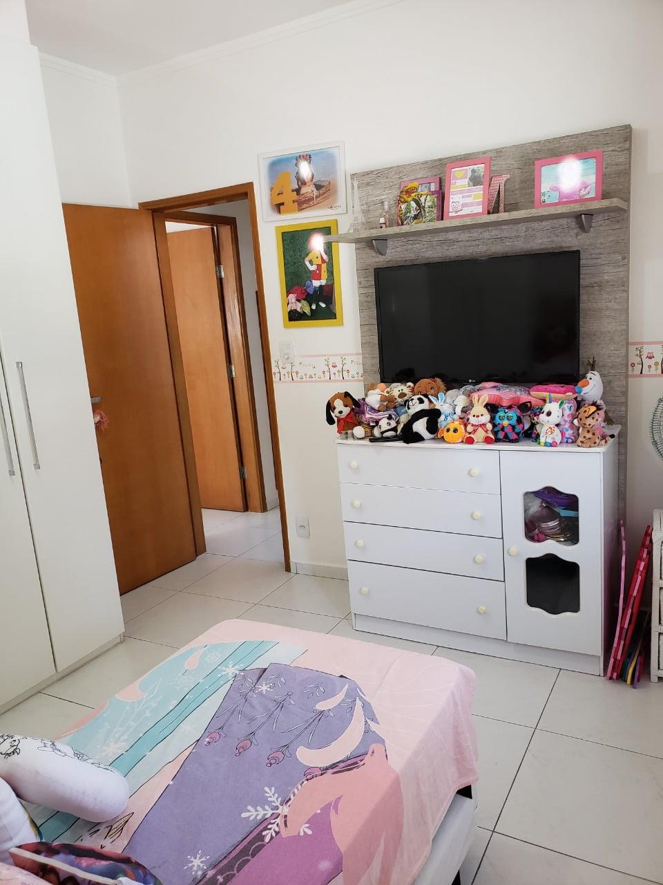 Apartamento no Bairro do Embaré , Santos , sendo 1º Andar, 3 dormitórios, 2 banheiros e garagem fechada. Todo reformado - foto 20