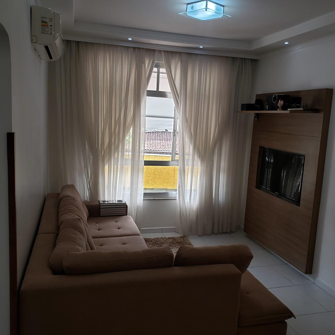 Apartamento no Bairro do Embaré , Santos , sendo 1º Andar, 3 dormitórios, 2 banheiros e garagem fechada. Todo reformado - foto 1