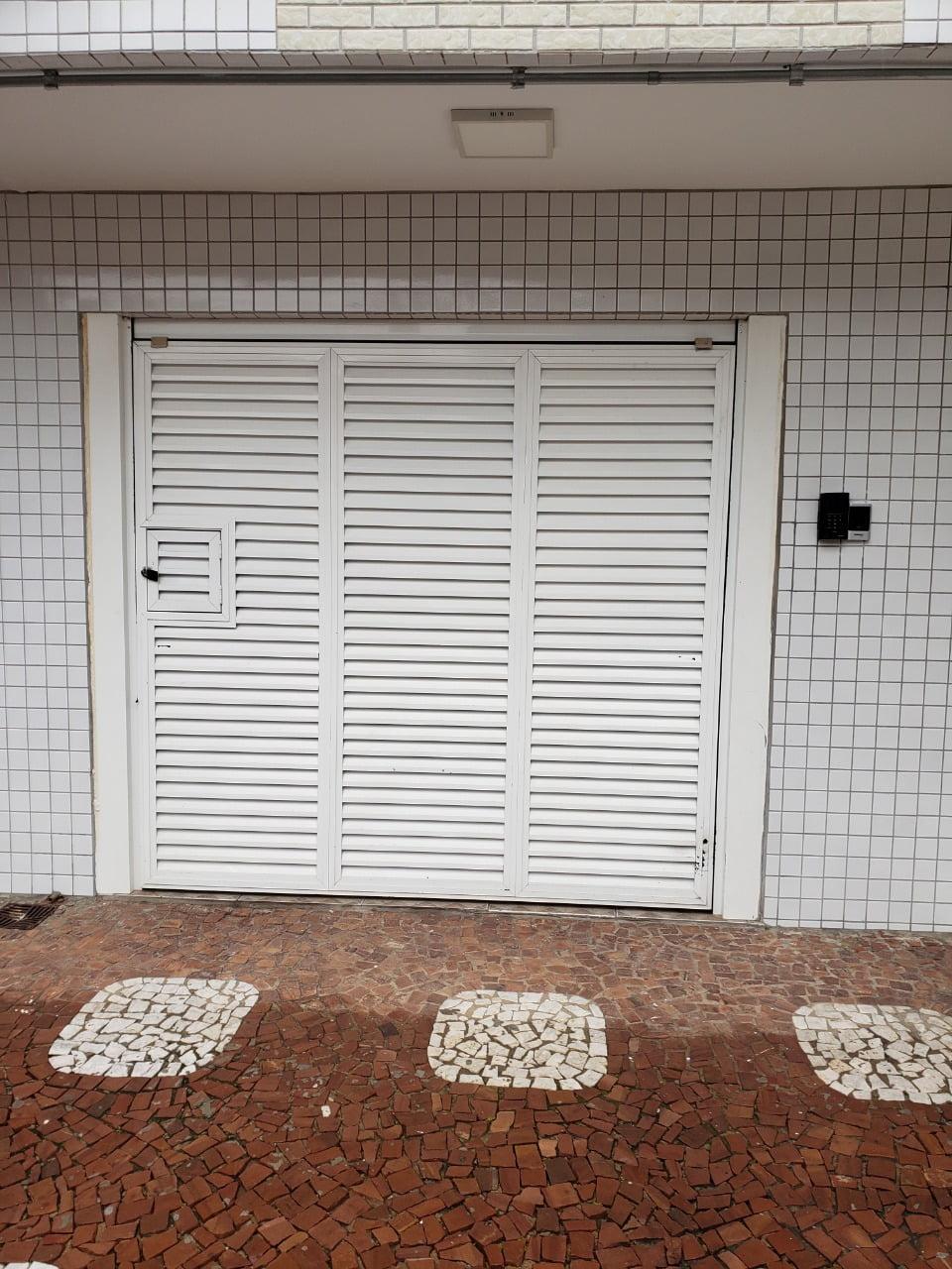 Apartamento no Bairro do Embaré , Santos , sendo 1º Andar, 3 dormitórios, 2 banheiros e garagem fechada. Todo reformado - foto 13
