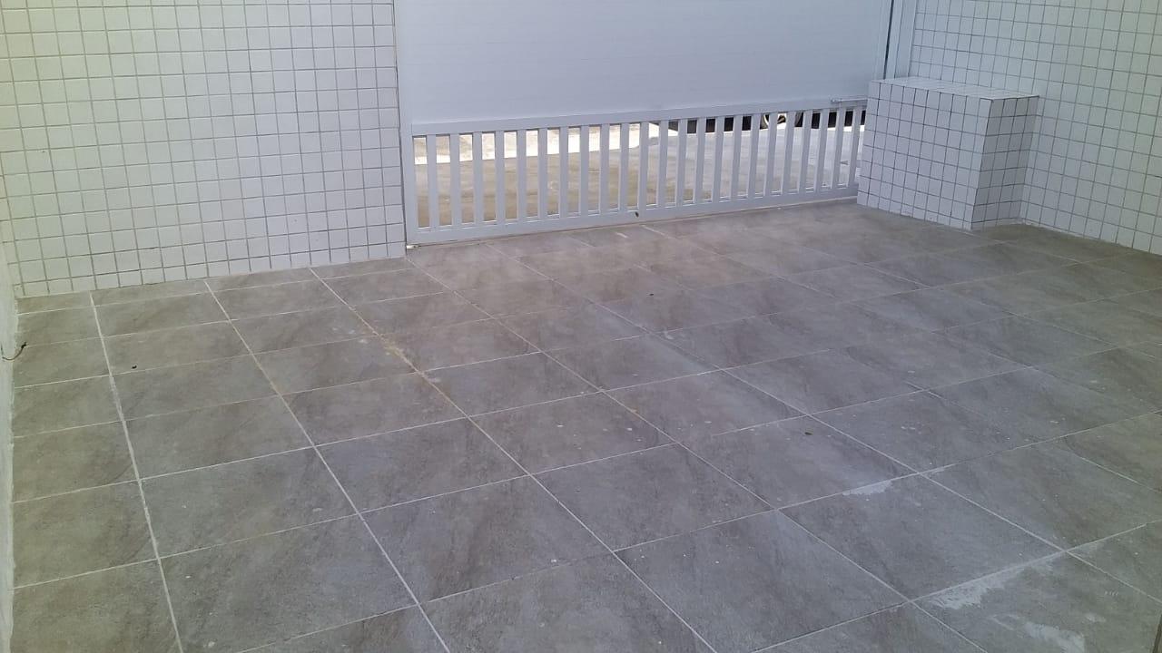 Lindo Sobrado novo entre canal 4 e canal 5sendo 2 Suites com ampla varanda e garagem fechada com amplo quintal . - foto 33