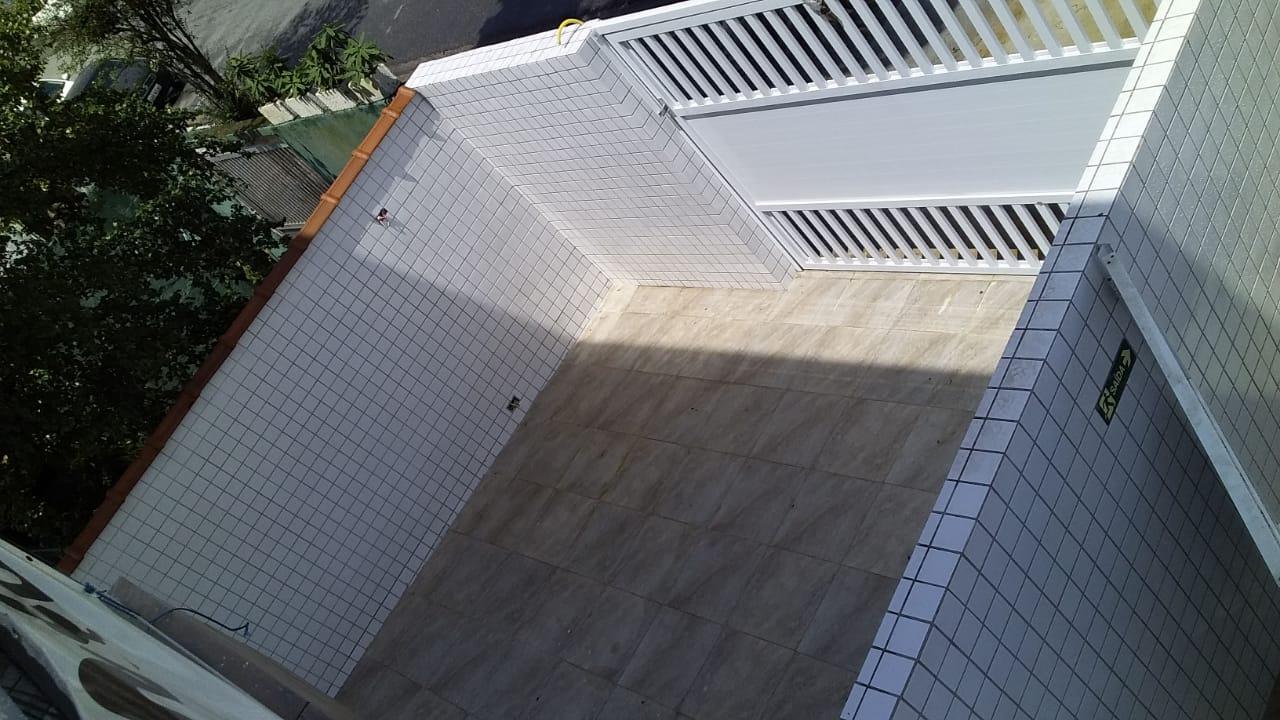 Lindo Sobrado novo entre canal 4 e canal 5sendo 2 Suites com ampla varanda e garagem fechada com amplo quintal . - foto 44
