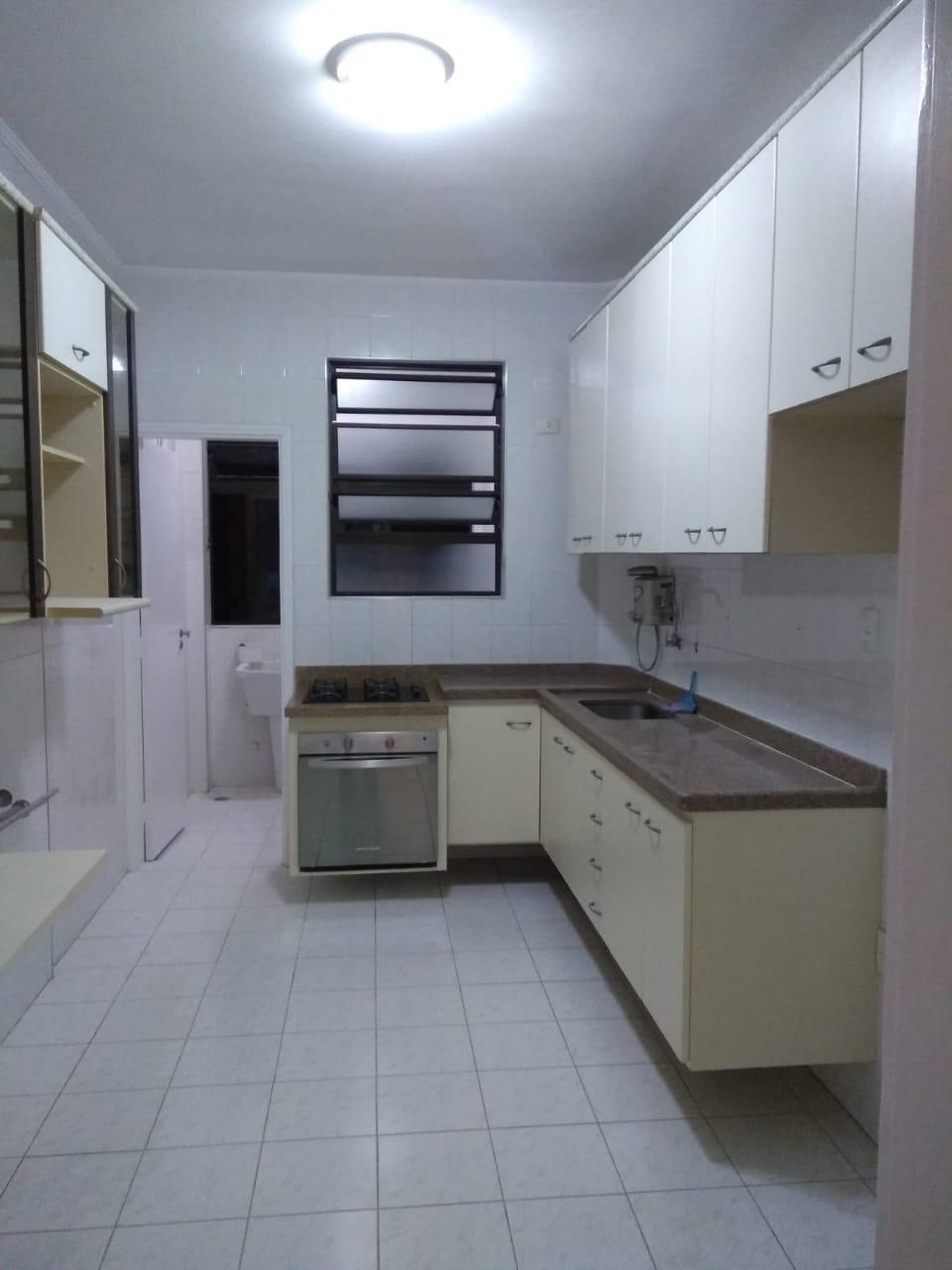 Embaré apartamento 2 dormitórios com suite  Próximo à praia. Excelente localização - foto 7
