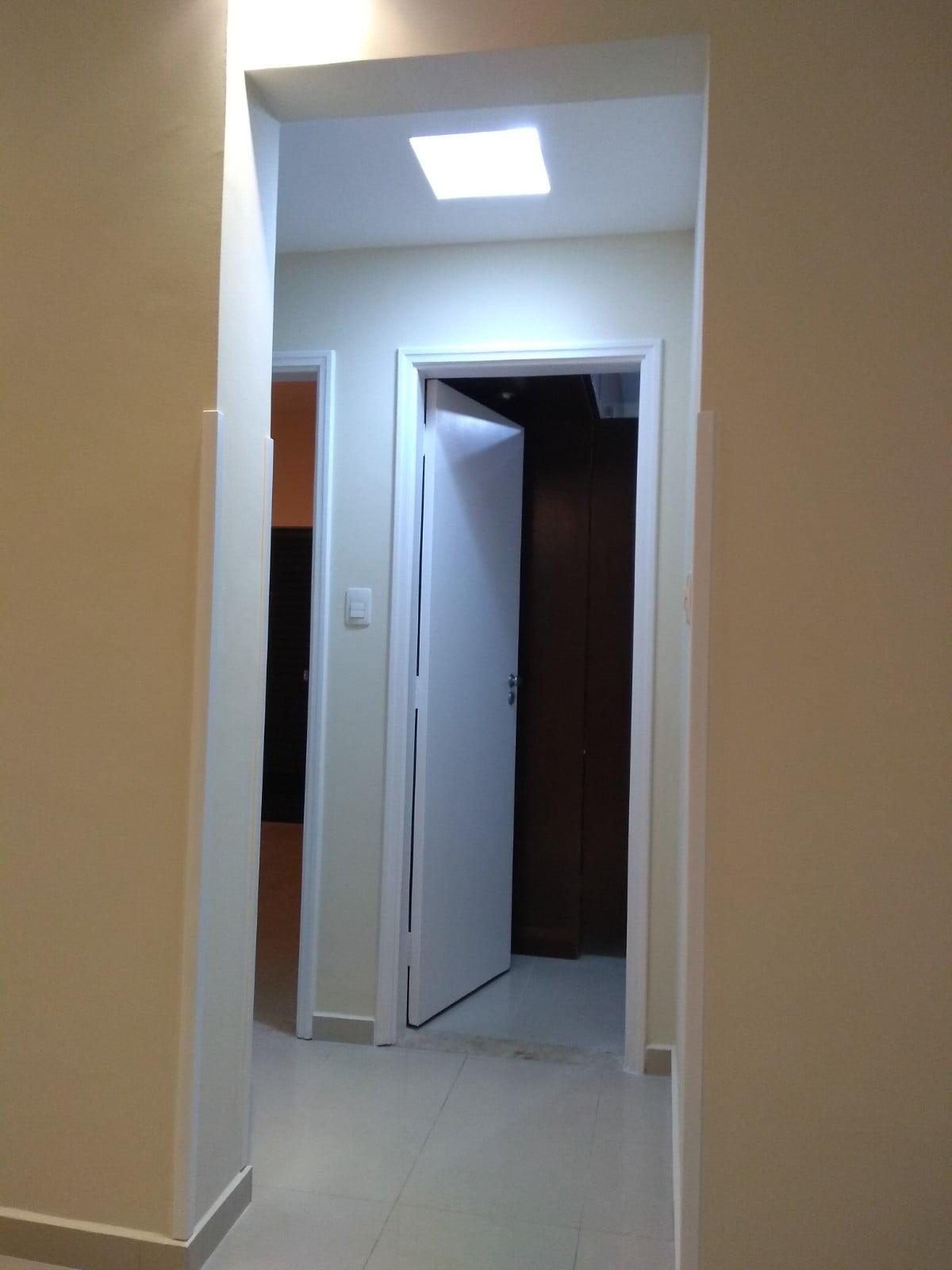 Embaré apartamento 2 dormitórios com suite  Próximo à praia. Excelente localização - foto 2