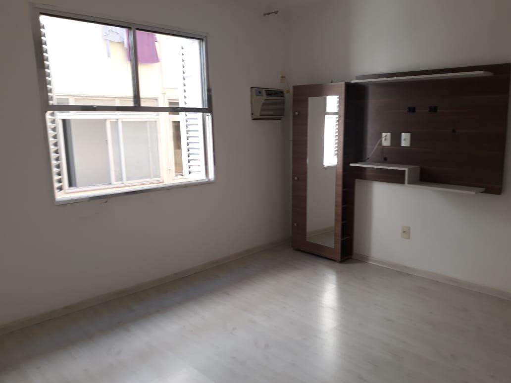 Apartamento em Santos reformado 2 dormitórios 1 vaga de garagem. - foto 10