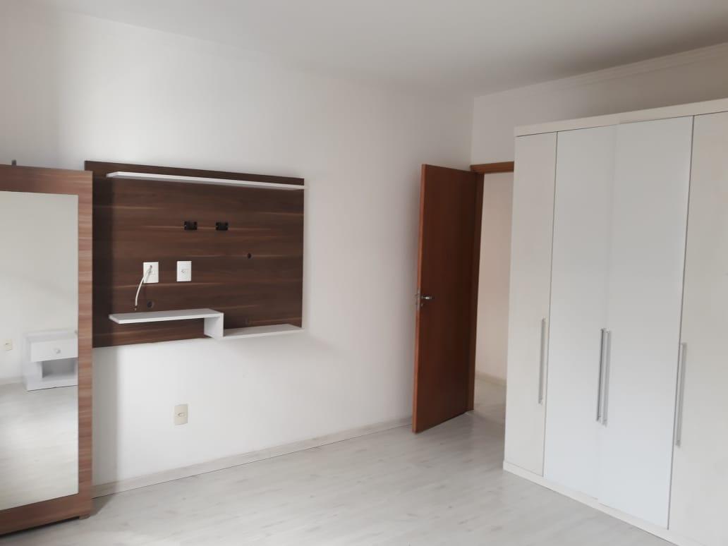 Apartamento em Santos reformado 2 dormitórios 1 vaga de garagem. - foto 9
