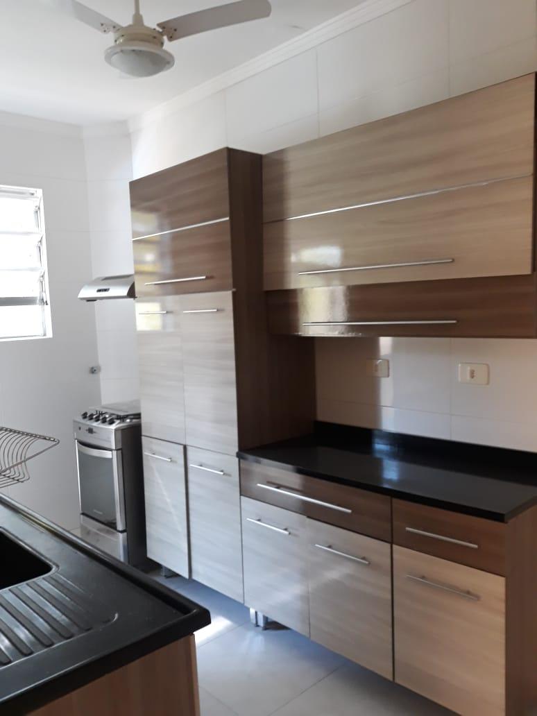 Apartamento em Santos reformado 2 dormitórios 1 vaga de garagem. - foto 4