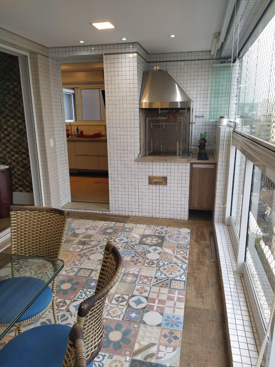 Embaré amplo apartamento com 3 dormitórios, sendo uma suite , ótima sala para 2 ambientes com varanda gourmet - foto 11