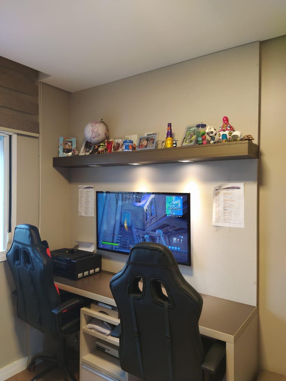 Embaré amplo apartamento com 3 dormitórios, sendo uma suite , ótima sala para 2 ambientes com varanda gourmet - foto 20