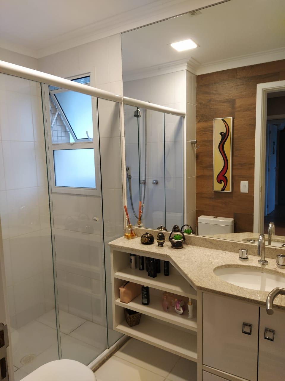 Embaré amplo apartamento com 3 dormitórios, sendo uma suite , ótima sala para 2 ambientes com varanda gourmet - foto 2