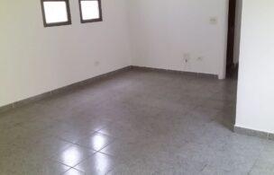 São Vicente vendo Apartamento de Frente com  2 dormitorios 1 suite (banheira hidromassagem ) 1 dormitório com armários ,elevador .