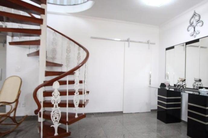 Gonzaga Apartamento de Cobertura Ampla com 523 metros de área útil com 4 dormitórios sendo 3 suítes e 3 garagens fechadas - foto 22