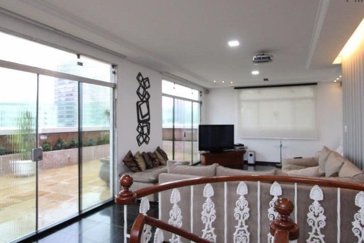 Gonzaga Apartamento de Cobertura Ampla com 523 metros de área útil com 4 dormitórios sendo 3 suítes e 3 garagens fechadas - foto 17