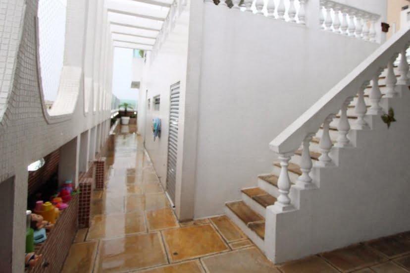 Gonzaga Apartamento de Cobertura Ampla com 523 metros de área útil com 4 dormitórios sendo 3 suítes e 3 garagens fechadas - foto 8