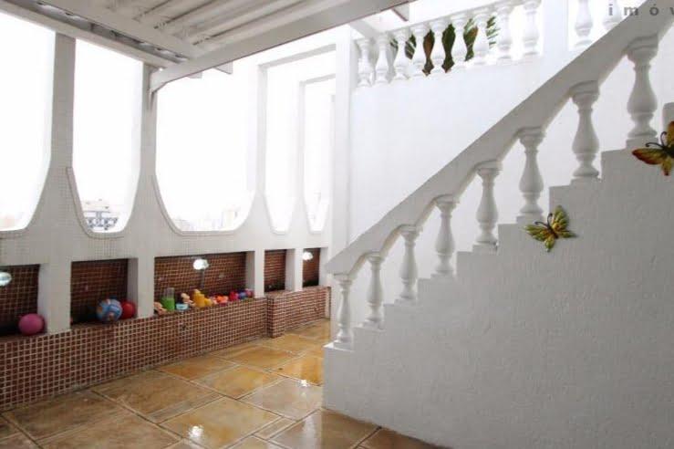 Gonzaga Apartamento de Cobertura Ampla com 523 metros de área útil com 4 dormitórios sendo 3 suítes e 3 garagens fechadas - foto 32