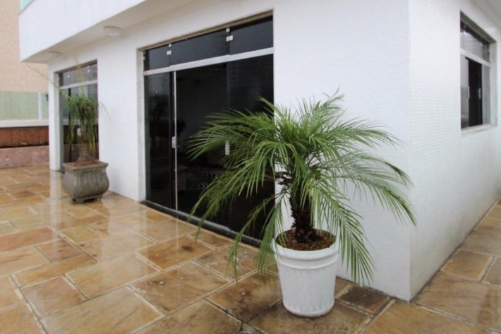 Gonzaga Apartamento de Cobertura Ampla com 523 metros de área útil com 4 dormitórios sendo 3 suítes e 3 garagens fechadas - foto 4