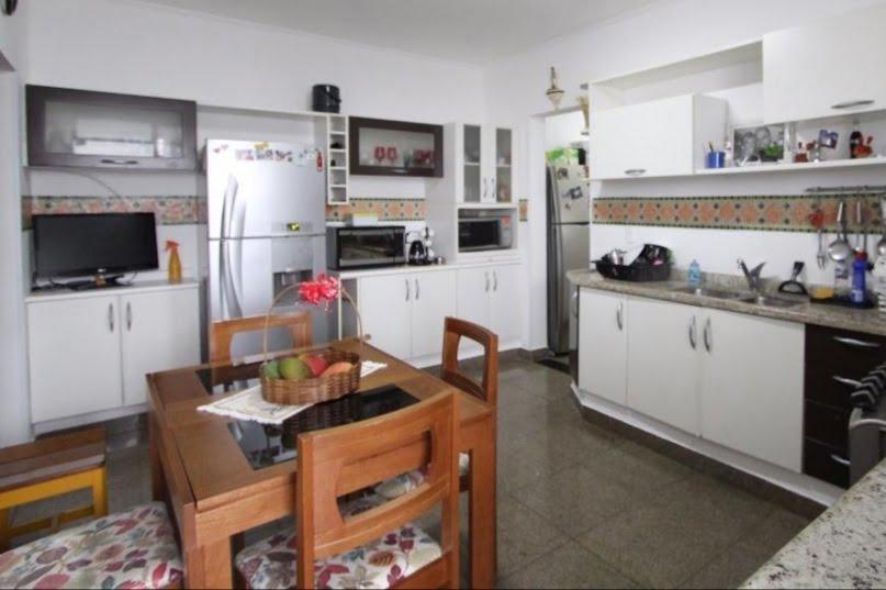 Gonzaga Apartamento de Cobertura Ampla com 523 metros de área útil com 4 dormitórios sendo 3 suítes e 3 garagens fechadas - foto 31