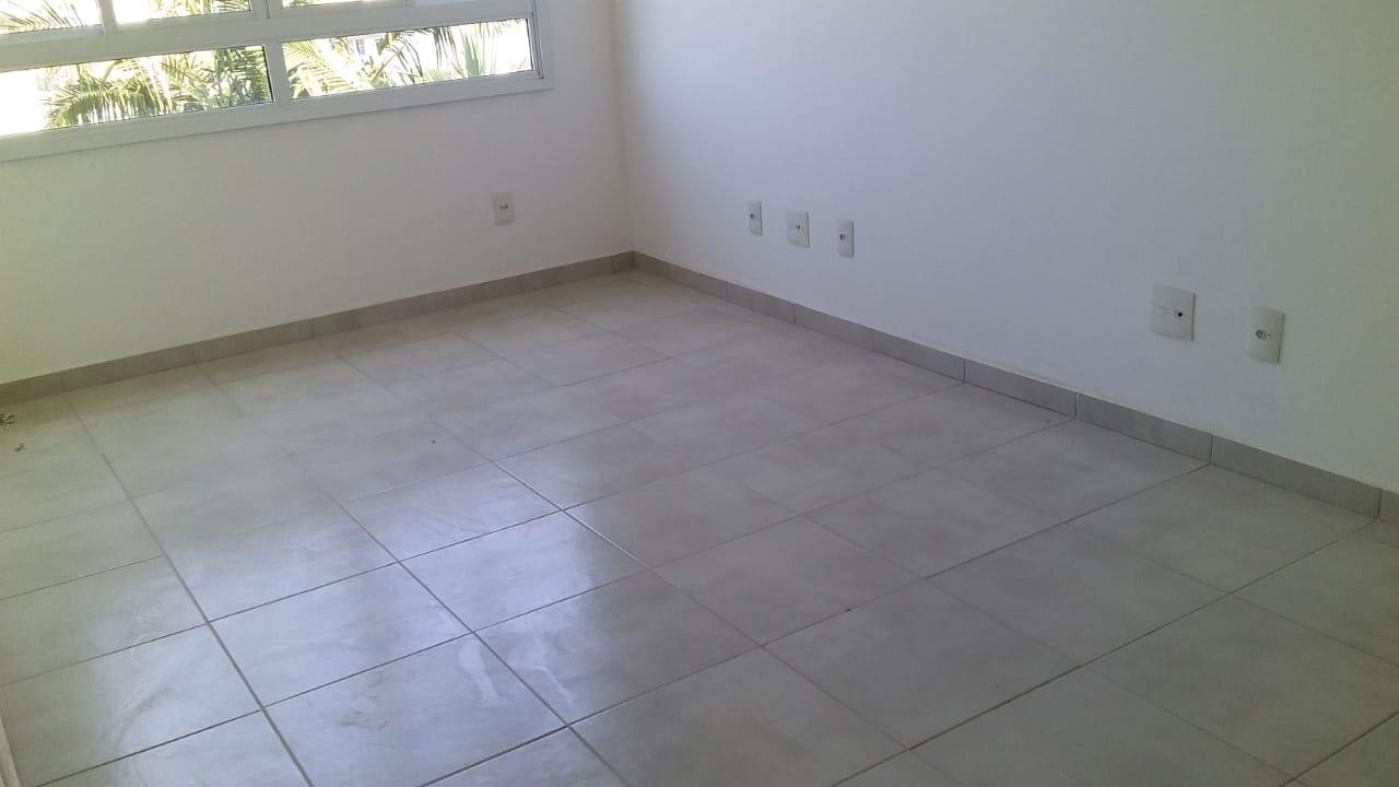 Apartamento com 2 dormitórios com 1 suite  novo em  São Vicente ,elevador, garagem, lazer fica próximo Carre four e praia - foto 4