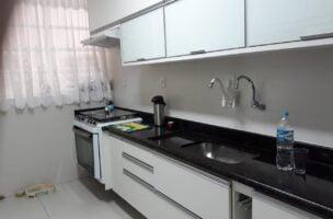 Boqueirão vendo apartamento 2 quartos sendo 1 suite dependência de empregada.