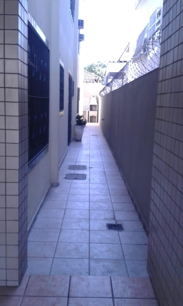 Vendo sobreposta  3 dormitórios com 2 suítes , térrea ensolarada no Embaré entre o canal 4 e canal 5 - foto 35