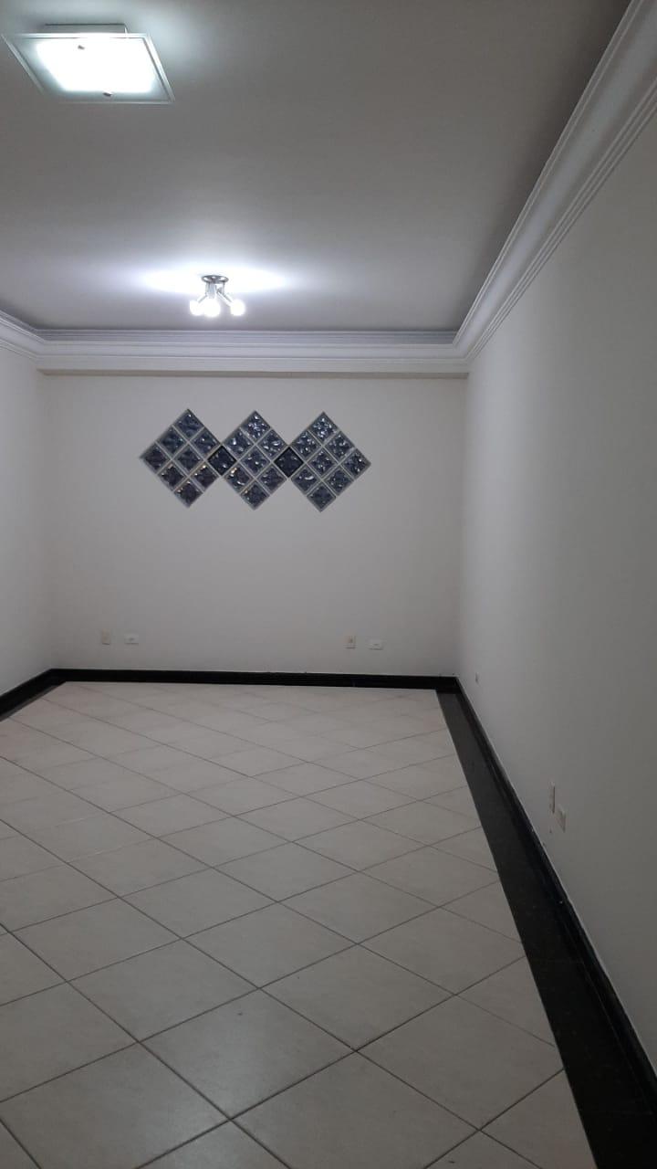Vendo sobreposta  3 dormitórios com 2 suítes , térrea ensolarada no Embaré entre o canal 4 e canal 5 - foto 27