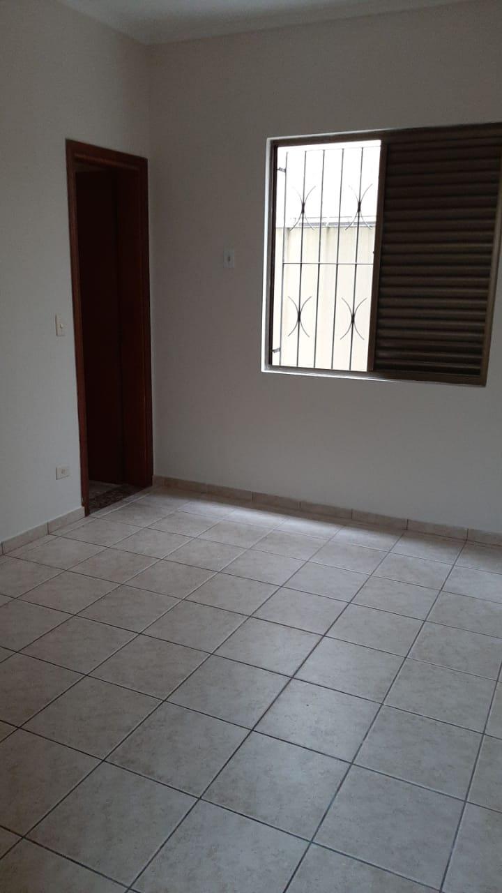 Vendo sobreposta  3 dormitórios com 2 suítes , térrea ensolarada no Embaré entre o canal 4 e canal 5 - foto 22