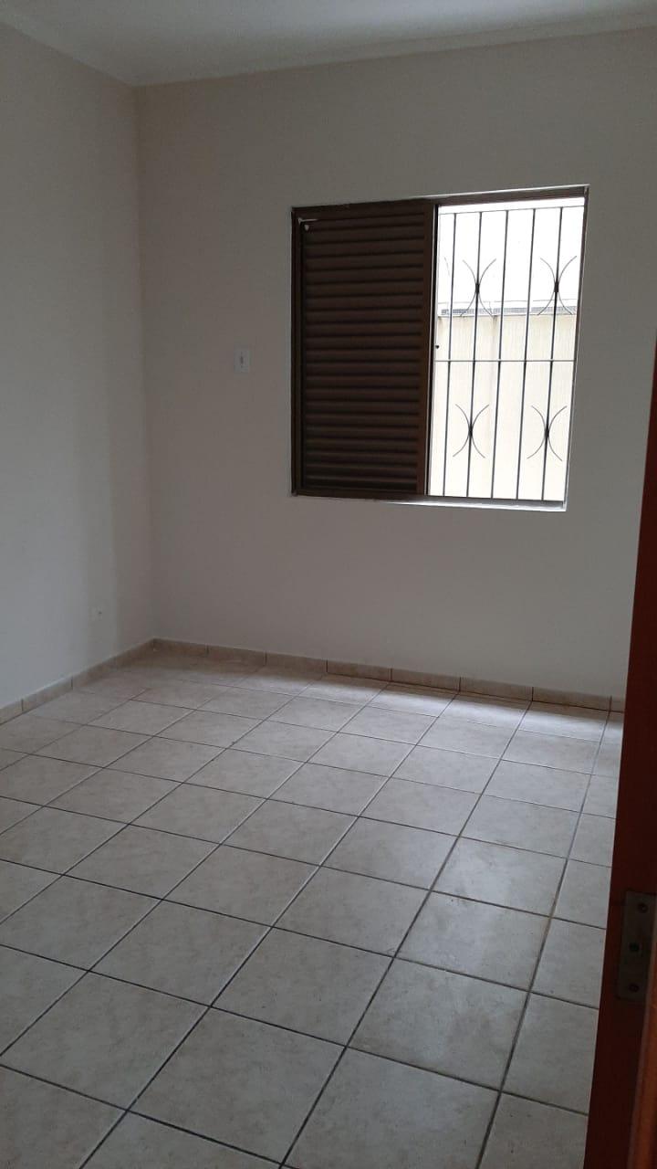 Vendo sobreposta  3 dormitórios com 2 suítes , térrea ensolarada no Embaré entre o canal 4 e canal 5 - foto 21