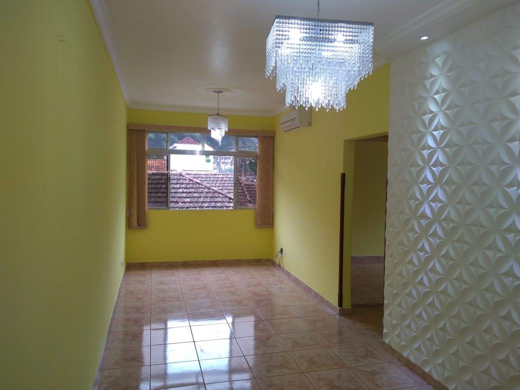 Vendo marapé apartamento 2 dormitórios  muito bem acabado com decoração em gesso 3 D na sala de dois ambientes - foto 5