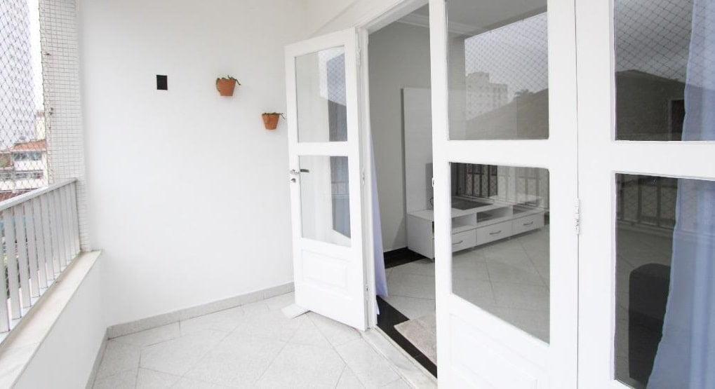Apartamento amplo 4 dormitórios sendo 2 suítes Gonzaga, Santos, S.P - foto 1