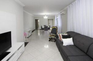 Apartamento amplo 4 dormitórios sendo 2 suítes Gonzaga, Santos, S.P