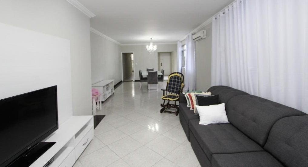 Apartamento amplo 4 dormitórios sendo 2 suítes Gonzaga, Santos, S.P - foto 3