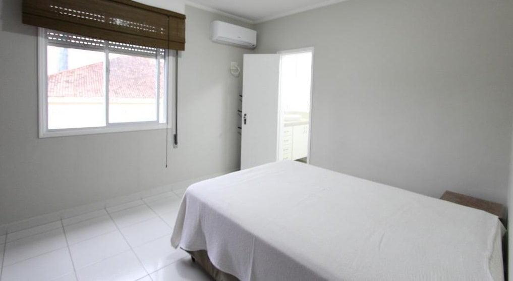 Apartamento amplo 4 dormitórios sendo 2 suítes Gonzaga, Santos, S.P - foto 13