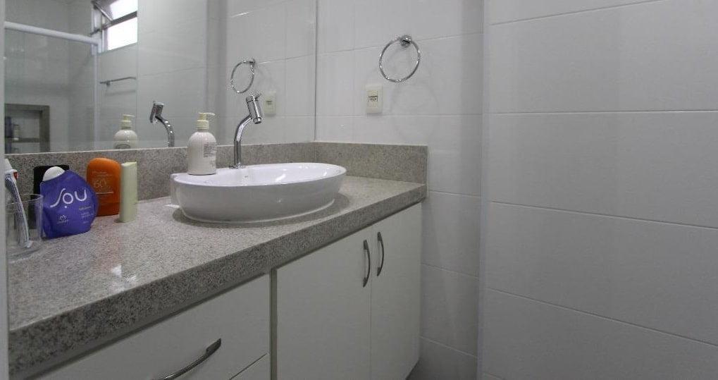 Apartamento amplo 4 dormitórios sendo 2 suítes Gonzaga, Santos, S.P - foto 14