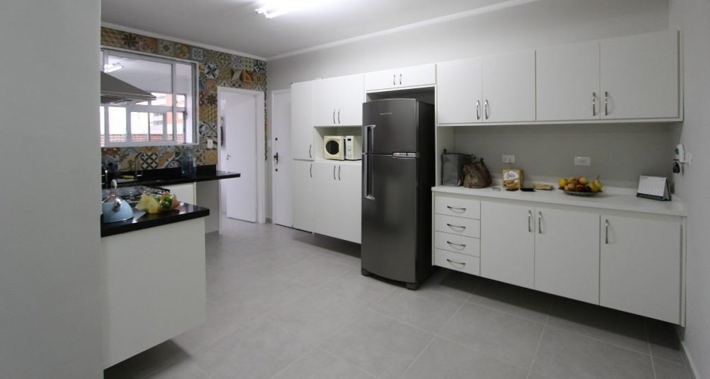 Apartamento amplo 4 dormitórios sendo 2 suítes Gonzaga, Santos, S.P - foto 17