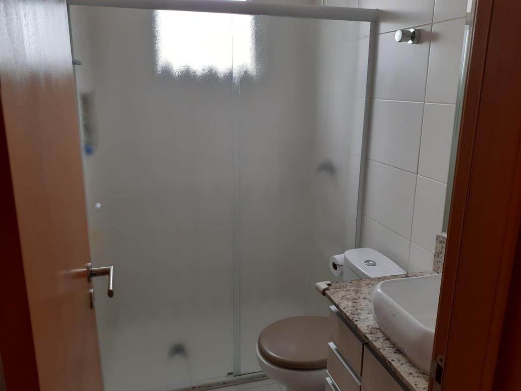 Vila Belmiro 2 dormitórios com banheiro de empregada e lazer completo no canal 2 - foto 9