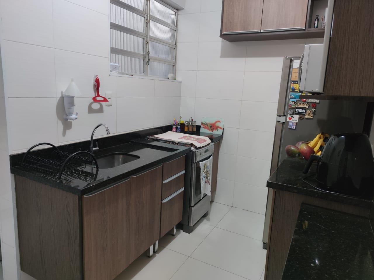 Apartamento no Gonzaga 2 dormitórios ótimo estado - foto 1
