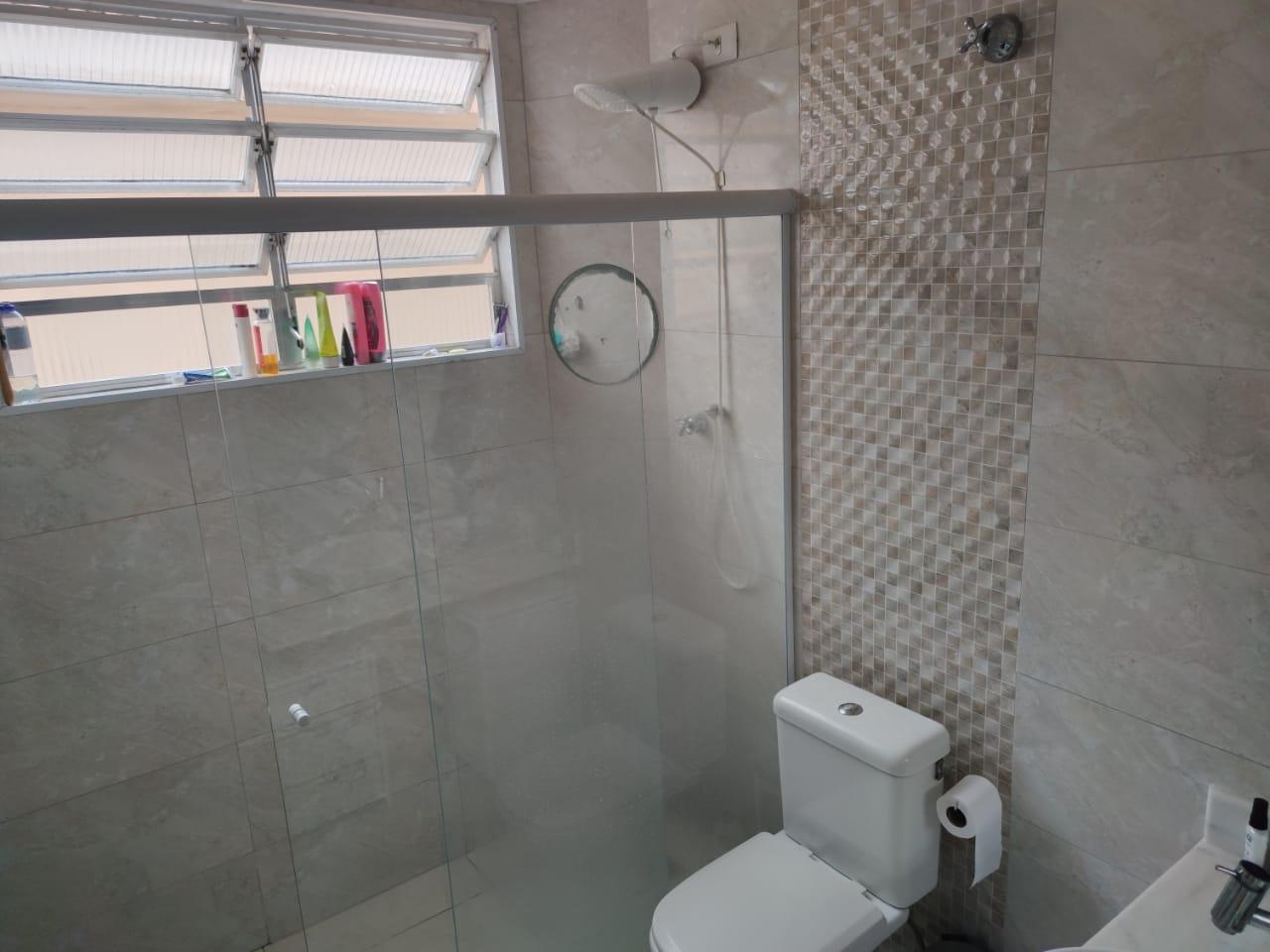 Apartamento no Gonzaga 2 dormitórios ótimo estado - foto 17
