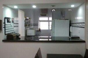apartamento a venda no Gonzaga em santos térreo de 1 dormitório e garagem.