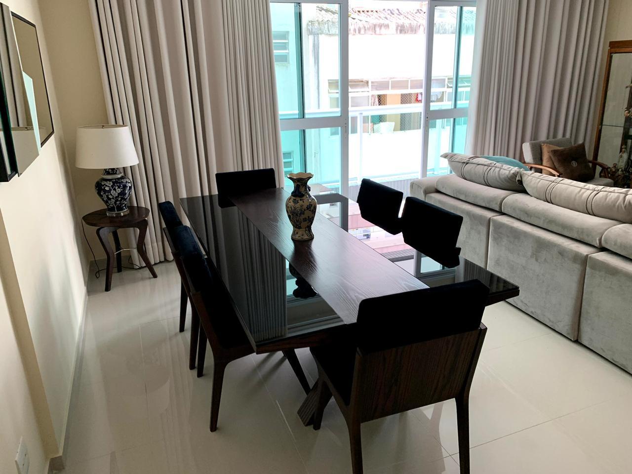 Excelente semi novo apartamento com 160m, uma quadra da Praia, Duas vagas de garagem, 3 suítes - foto 26