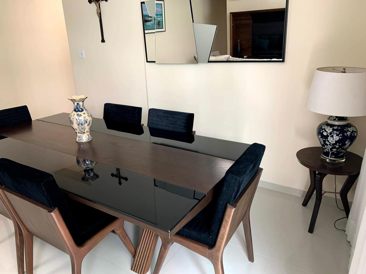 Excelente semi novo apartamento com 160m, uma quadra da Praia, Duas vagas de garagem, 3 suítes - foto 20