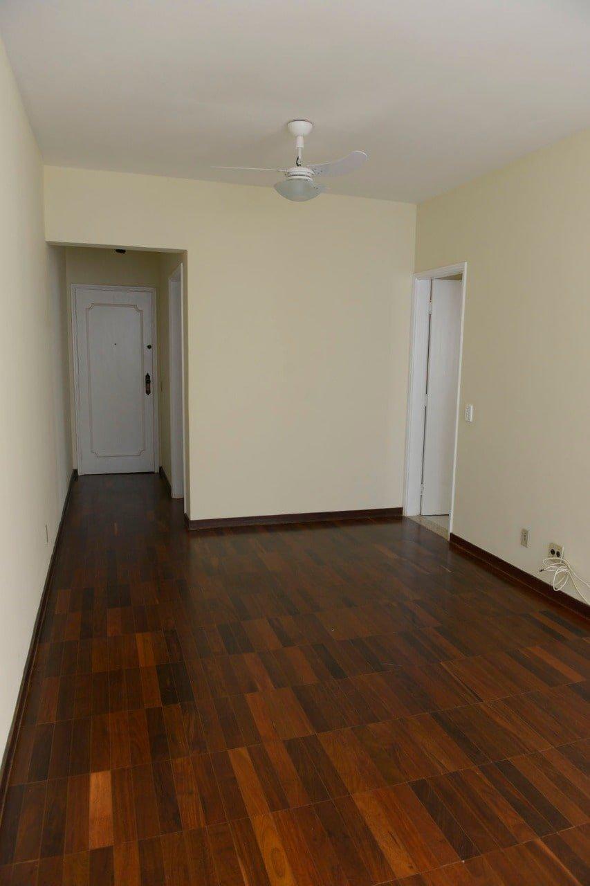 Amplo apartamento Boqueirão ( canal 4) de 1 dormitório com uma área interna de 61,m². - foto 23