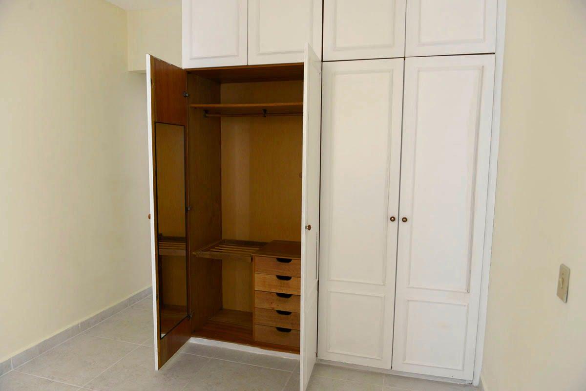 Amplo apartamento Boqueirão ( canal 4) de 1 dormitório com uma área interna de 61,m². - foto 14