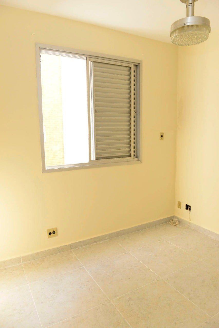 Amplo apartamento Boqueirão ( canal 4) de 1 dormitório com uma área interna de 61,m². - foto 12