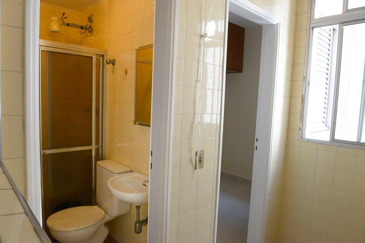 Amplo apartamento Boqueirão ( canal 4) de 1 dormitório com uma área interna de 61,m². - foto 6