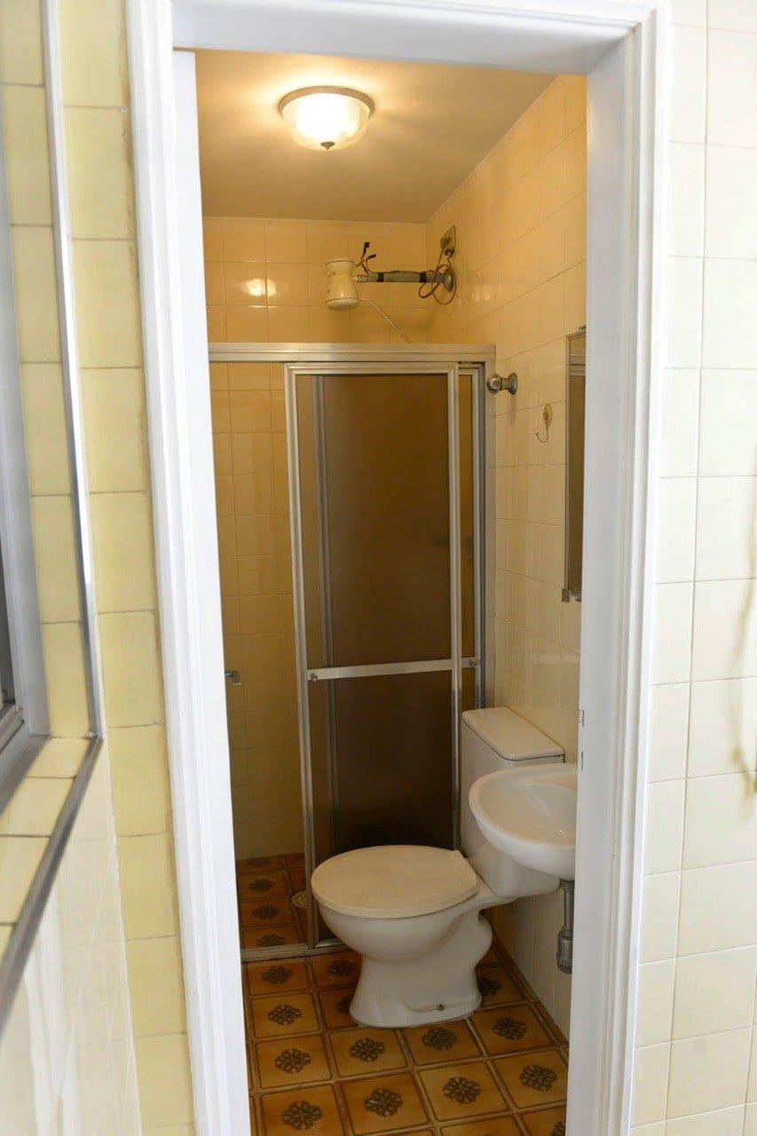 Amplo apartamento Boqueirão ( canal 4) de 1 dormitório com uma área interna de 61,m². - foto 10