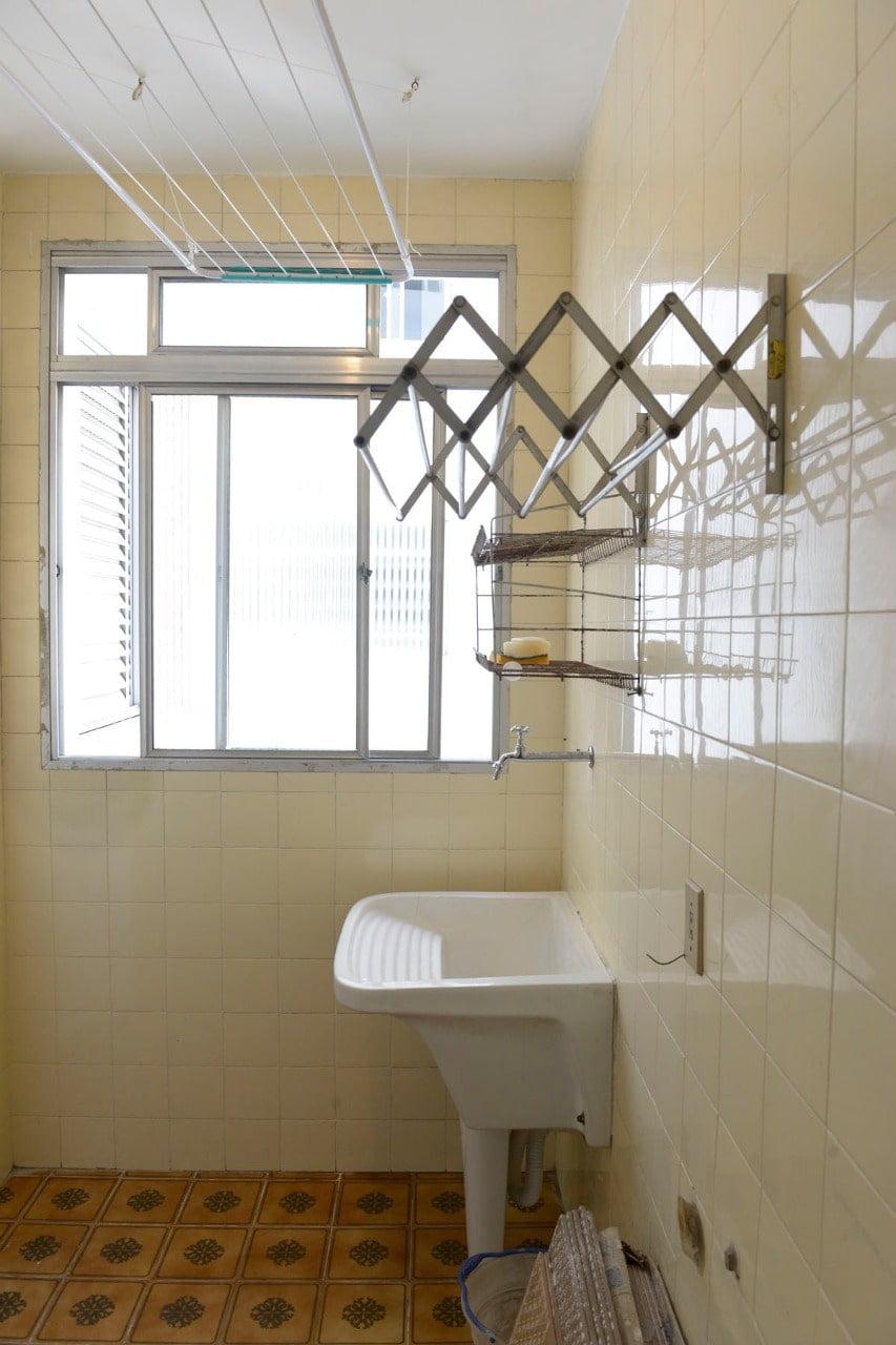 Amplo apartamento Boqueirão ( canal 4) de 1 dormitório com uma área interna de 61,m². - foto 9